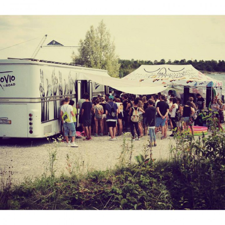 POP UP VAN TOUR 2014